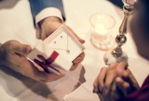 Złoty prezent dla ukochanej osoby. Jaki wybrać?