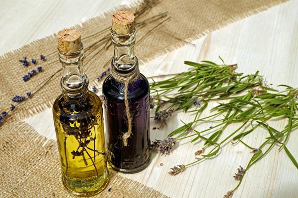 Nieznane właściwości olejku lawendowego